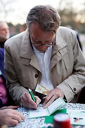 40 Jahre Gorleben, das heißt auch 40 Jahre Bürgerinitiative Umweltschutz Lüchow-Dannenberg e.V. – am 2. März 1977 wurde die BI in das Vereinsregister eingetragen. <br /> Dies nahm die BI zum Anlass, am 25.03.2017 zur Jubiläumsfeier in die Trebelner Bauernstuben  einzuladen. Im Bild: Landesumweltminister Stefan Wenzel (Grüne)<br /> <br /> Ort: Trebel<br /> Copyright: Michaela Mügge<br /> Quelle: PubliXviewinG