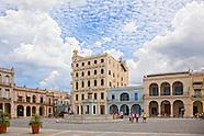 Plaza Vieja, Havana Vieja, Cuba.