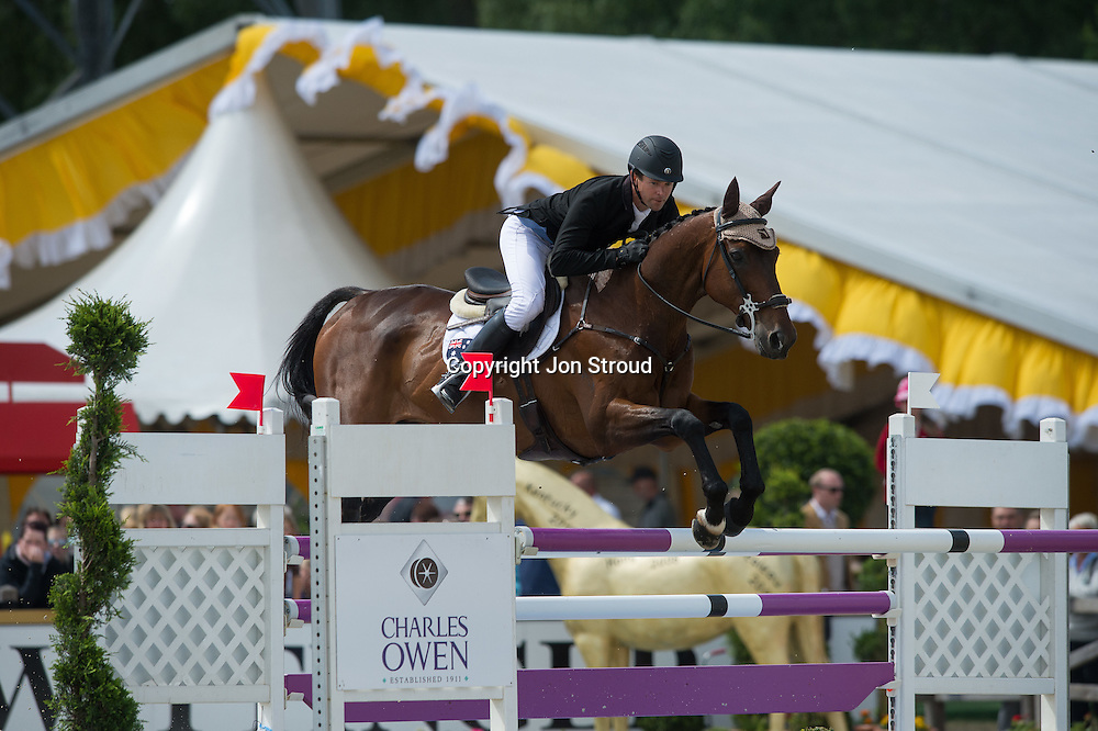 Kevin McNab (AUS) & Clifton Pinot - Show Jumping - Luhmuhlen CCI4* - Salzhausen, Germany - 16 June 2013
