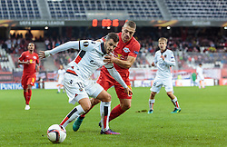 20.10.2016, Red Bull Arena, Salzburg, AUT, UEFA EL, FC Red Bull Salzburg vs OGC Nizza, Gruppe I, im Bild Valentin Eysseric (OGC Nice), Josip Radosevic (FC Red Bull Salzburg) // Valentin Eysseric (OGC Nice), Josip Radosevic (FC Red Bull Salzburg) during the UEFA Europa League group I match between FC Red Bull Salzburg and OGC Nizza at the Red Bull Arena in Salzburg, Austria on 2016/10/20. EXPA Pictures © 2016, PhotoCredit: EXPA/ JFK