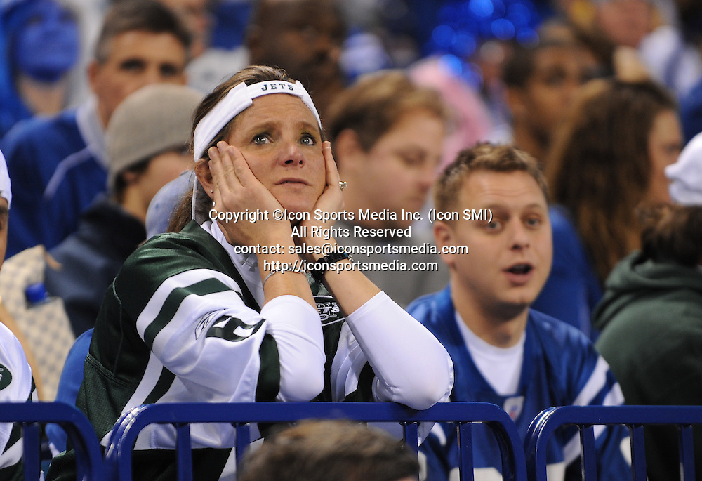 January 24, 2010: New York Jets at Indianapolis Colts AFC Championship game at Lucas Oil Stadium in Indianapolis, IN: Jets fans react to the loss.