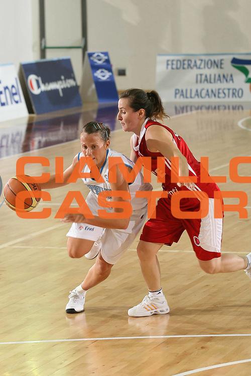 DESCRIZIONE : Chieti Qualificazione Eurobasket Women 2009 Italia Turchia <br /> GIOCATORE : Chiara Pastore <br /> SQUADRA : Nazionale Italia Donne <br /> EVENTO : Raduno Collegiale Nazionale Femminile<br /> GARA : Italia Turchia Italy Turkey <br /> DATA : 27/08/2008 <br /> CATEGORIA : palleggio <br /> SPORT : Pallacanestro <br /> AUTORE : Agenzia Ciamillo-Castoria/M.Marchi <br /> Galleria : Fip Nazionali 2008 <br /> Fotonotizia : Chieti Qualificazione Eurobasket Women 2009 Italia Turchia <br /> Predefinita :