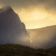 Last light glancing across Sgurr an Fhidhleir as An Clu-nead falls into shadow