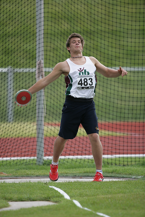 (Charlottetown, Prince Edward Island -- 20090719) Mitch Quigg of Saint John Track & Field competes in the decathlon discus throw at the 2009 Canadian Junior Track & Field Championships at UPEI Alumni Canada Games Place on the campus of the University of Prince Edward Island, July 17-19, 2009.  Copyright Sean Burges / Mundo Sport Images , 2009...Mundo Sport Images has been contracted by Athletics Canada to provide images to the media.