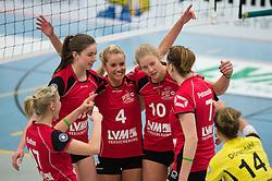 03-12-2014 GER: USC Muenster - SC Potsdam, Munster<br /> Halle Berg Fidel, Muenster Volleyball, DVV-Pokal Frauen, Viertelfinale / Jubel Ines Bathen (#17 Muenster), Wiebke Silge (#12 Muenster), Tess von Piekartz (#4 Muenster), Ashley Benson (#10 Muenster), Sarah Petrausch (#7 Muenster), Linda Doerendahl (#14 Muenster)<br /> <br /> ***NETHERLANDS ONLY***