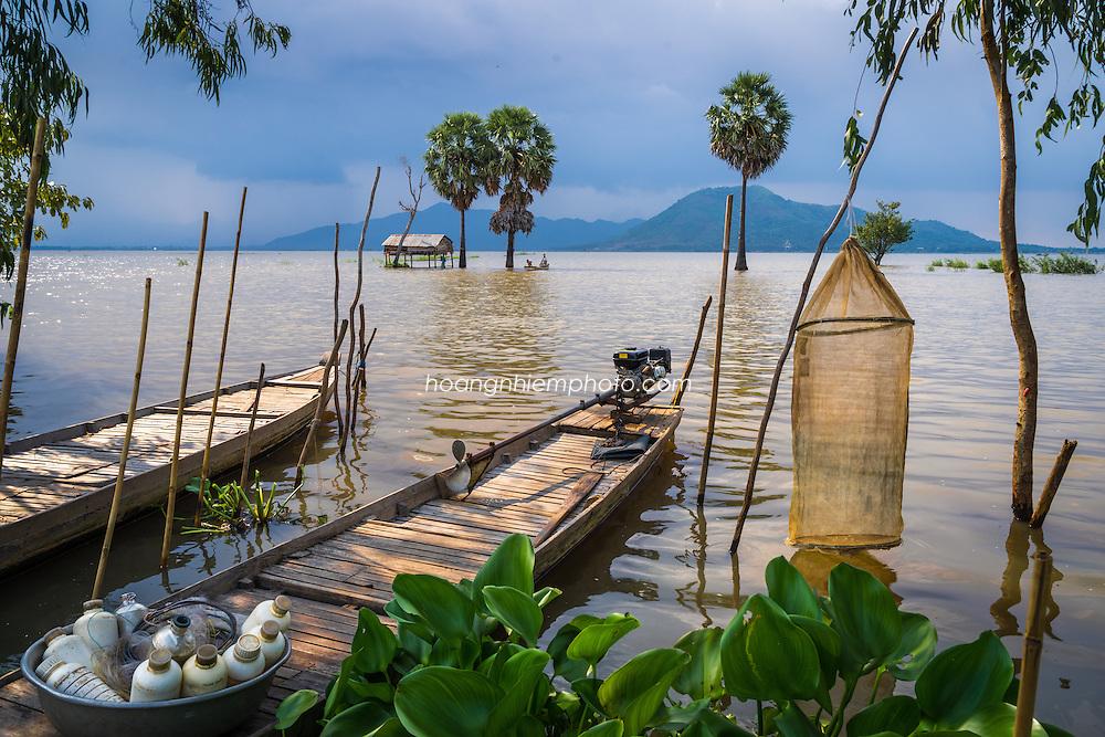 Vietnam Images-Mekong delta-Floating season-Châu Đốc
