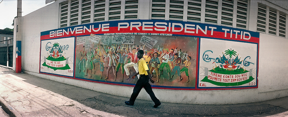 Dans les rues de Port au Prince, Haïti 2002.