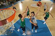 DESCRIZIONE : Bormio Ritiro Nazionale Italiana Maschile Preparazione Eurobasket 2007 Allenamento <br /> GIOCATORE : Marco Mordente<br /> SQUADRA : Nazionale Italia Uomini EVENTO : Bormio Ritiro Nazionale Italiana Uomini Preparazione Eurobasket 2007 GARA : <br /> DATA : 27/07/2007 <br /> CATEGORIA : Allenamento Special<br /> SPORT : Pallacanestro <br /> AUTORE : Agenzia Ciamillo-Castoria/S.Silvestri <br /> Galleria : Fip Nazionali 2007 <br /> Fotonotizia : Bormio Ritiro Nazionale Italiana Maschile Preparazione Eurobasket 2007 Allenamento <br /> Predefinita :