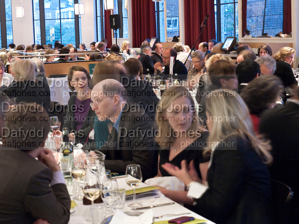 CHARLOTTE DE BOTTON; ALAIN DE BOTTON;  SUSIE BOYT, Literary charity First Story fundraising dinner. Cafe Anglais. London. 10 May 2010. *** Local Caption *** -DO NOT ARCHIVE-© Copyright Photograph by Dafydd Jones. 248 Clapham Rd. London SW9 0PZ. Tel 0207 820 0771. www.dafjones.com.<br /> CHARLOTTE DE BOTTON; ALAIN DE BOTTON;  SUSIE BOYT, Literary charity First Story fundraising dinner. Cafe Anglais. London. 10 May 2010.