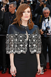 May 15, 2019 - Cannes, Alpes-Maritimes, Frankreich - Julianne Moore attending the 'Les Misérables' premiere during the 72nd Cannes Film Festival at the Palais des Festivals on May 15, 2019 in Cannes, France (Credit Image: © Future-Image via ZUMA Press)