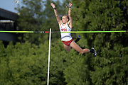 May 24, 2019; Sacramento, CA, USA; Molly Scharmann (1661) of Washington State competes in the women's pole vault during the NCAA West Preliminary at Hornet Stadium.