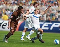 Jena , 190807 , Saison 2007/2008 ; Fussball 2.Bundesliga FC Carl Zeiss Jena , FC Carl Zeiss Jena - FC St. Pauli  Felix Holzner (Jena) gegen Alexander Ludwig (Pauli)