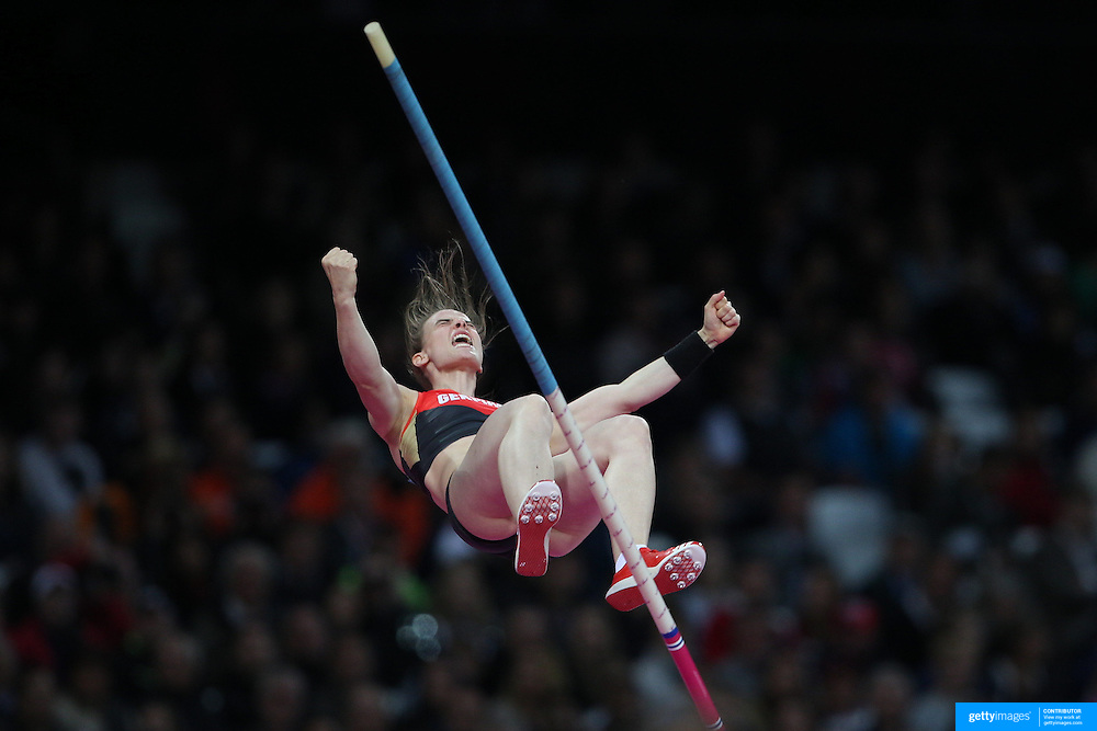 Silke Spiegelburg, Germany, in action during the Women's Pole Vault Final at the Olympic Stadium, Olympic Park, during the London 2012 Olympic games. London, UK. 4th August 2012. Photo Tim Clayton
