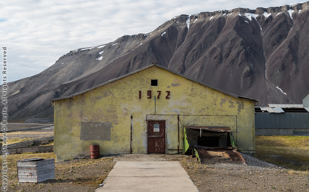 Many buildings in Pyramiden were built in the 1970's