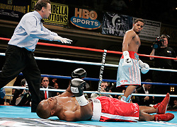Undefeated prospect Curtis Stevens stands over a fallen Kia Daniels just :44 seconds into the first round at the Manhattan Center in NYC.  Stevens knocked out Daniels cold with a single left hook to move his record to 10-0, 9KO's.