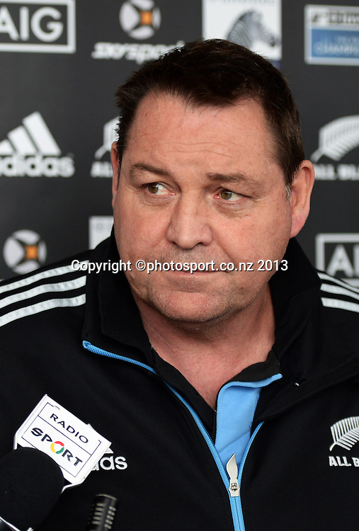 Coach Steve Hansen talks to the assembled media. All Blacks wider training group camp ahead of the Rugby Championship at the Spencer on Byron Hotel in Takapuna, Auckland on Wednesday 31 July 2013. Photo: Andrew Cornaga/ www.photosport.co.nz