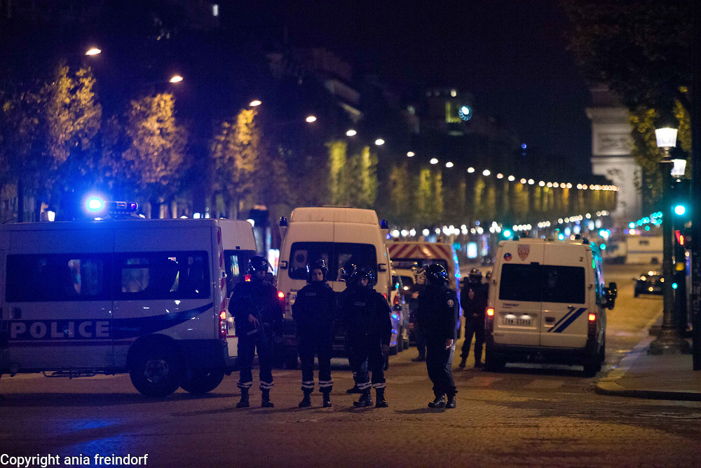 Terror Attack Champs Elysee, police officer and suspect shot dead on Champs Elysees in attack claimed by Islamic State, one tourist woman injured, another french police officer badly injured, Paris, France