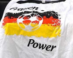 26.06.2011, Rhein-Neckar-Arena, Sinsheim, GER, FIFA Women´s Worldcup 2011, GRUPPE A, NIGERIA (NGA) vs FRANKREICH (FRA) , im Bild ein t-shirt mit Aufdruck  // during the FIFA Women´s Worldcup 2011, Pool A, Nigeria (NGA) vs France (FRA) on 2011/06/26, Rhein-Neckar-Arena, Sinsheim, Germany. EXPA Pictures © 2011, PhotoCredit: EXPA/ nph/  Roth       ****** out of GER / SWE / CRO  / BEL ******