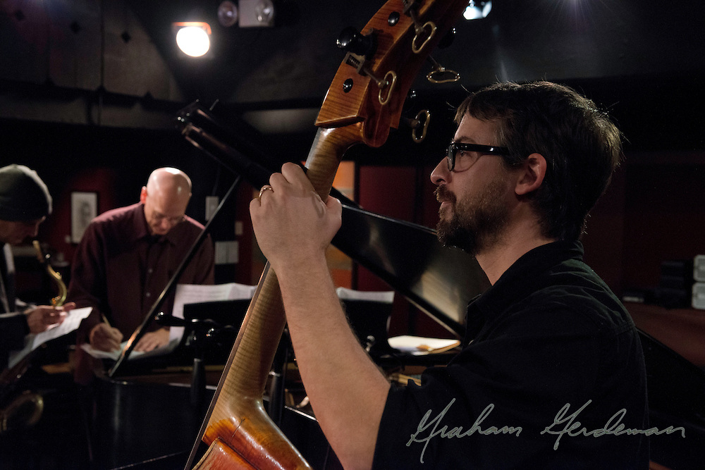 Bassist Jonathan Wires - DSPW Quartet live at NJW