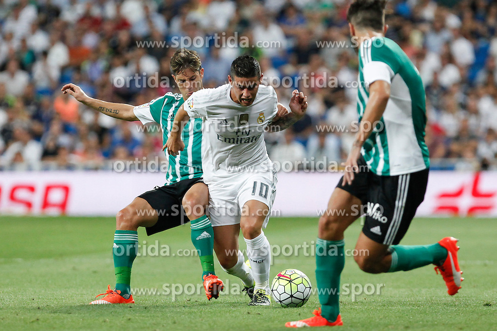29.08.2015, Estadio Santiago Bernabeu, Madrid, ESP, Primera Division, Real Madrid vs Real Betis, 2. Runde, im Bild Real Madrid&acute;s James Rodriguez // during the Spanish Primera Division 2nd round match between Real Madrid and Real Betis at the Estadio Santiago Bernabeu in Madrid, Spain on 2015/08/29. EXPA Pictures &copy; 2015, PhotoCredit: EXPA/ Alterphotos/ Victor Blanco<br /> <br /> *****ATTENTION - OUT of ESP, SUI*****