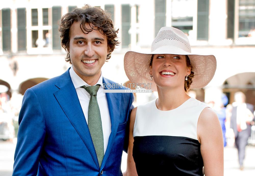 DEN HAAG - GroenLinks fractievoorzitter Jesse Klaver met partner bij de Ridderzaal op Prinsjesdag.  ROBIN UTRECHT