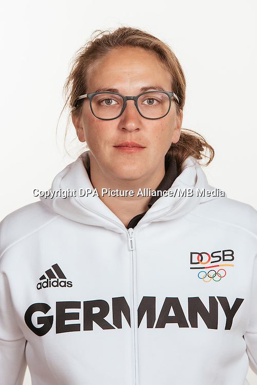 Julia Walter poses at a photocall during the preparations for the Olympic Games in Rio at the Emmich Cambrai Barracks in Hanover, Germany, taken on 15/07/16 | usage worldwide