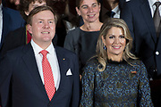 Zijne Majesteit Koning Willem-Alexander en Hare Majesteit Koningin Máxima brengen een werkbezoek aan de Duitse deelstaten Rijnland-Palts en Saarland.<br /> <br /> His Majesty King Willem-Alexander and Her Majesty Queen Máxima paid a working visit to the German federal states of Rhineland-Palatinate and Saarland.<br /> <br /> op de foto / On the Photo: Aankomst Koning Willem Alexander en Koningin Maxima bij het  Trade Dinner in Trier in de Ehemalige Abteikirche St Maximin<br /> <br /> Arrival King Willem Alexander and Queen Maxima at the Trade Dinner in Trier in the Ehemalige Abteikirche St Maximin