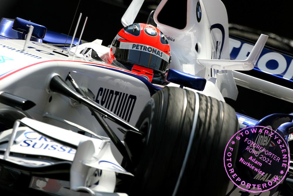 24.05.2007 Monte Carlo, Monaco, .Robert Kubica (POL), BMW Sauber F1 Team, F1.07 - Formula 1 World Championship, Rd 5, Monaco Grand Prix, Thursday Practice .FOT. XPB.CC / WROFOTO.*** POLAND ONLY !!! ***.*** NO INTERNET / MOBILE USAGE !!! ***