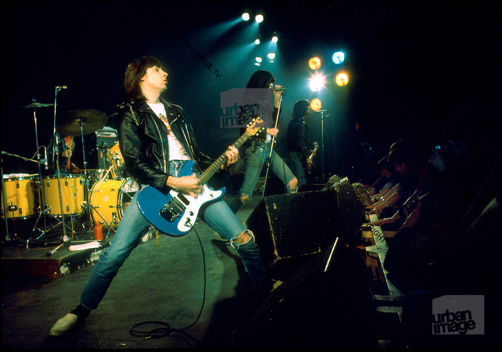The Ramones in concert - London 1977