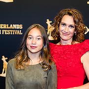 NLD/Utrecht/20160930 - inloop NFF 2016 L'OR Gouden Kalveren Gala, Monic Hendrickx en dochter Javal