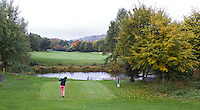 WESTERBURG , DUITSLAND - Hole 1, Golf Club Wiesensee bij Lindner Hotel & Sporting Club Wiesensee in Westerburg (Westerwald). COPYRIGHT KOEN SUYK