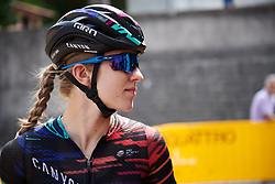 Alexis Ryan (USA) makes her way to sign on at Giro Rosa 2018 - Stage 9, a 104.7 km road race from Tricesimo to Monte Zoncolan, Italy on July 14, 2018. Photo by Sean Robinson/velofocus.com
