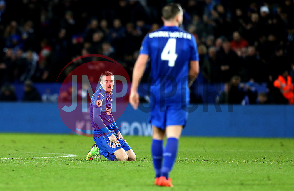 Jamie Vardy of Leicester City drops to his knees at full time after scoring two goals - Mandatory by-line: Robbie Stephenson/JMP - 27/02/2017 - FOOTBALL - King Power Stadium - Leicester, England - Leicester City v Liverpool - Premier League