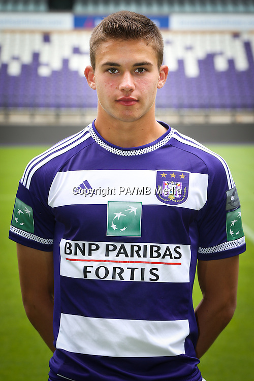 Anderlecht's Leander Dendoncker pictured during the 2015-2016 season photo shoot of Belgian first league soccer team RSC Anderlecht, Tuesday 14 July 2015 in Brussels.