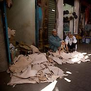 Morocco, Marrakech- souk, bazar , market in the center of the medina, old city the skin market  /  les souks , marche couvert dans le centre de la Medina, dans la vielle ville  . le marche des  peaux  Marrakech - Maroc