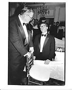 Al Franken and John Mclaughlin. Washington Correspondents dinner after-party. 1994 approx. © Copyright Photograph by Dafydd Jones 66 Stockwell Park Rd. London SW9 0DA Tel 020 7733 0108 www.dafjones.com