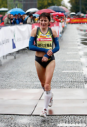 Slovenian runner Helena Javornik at Ljubljana`s marathon in Ljubljana, on October 28, 2007.  (Photo by Vid Ponikvar / Sportal Images)