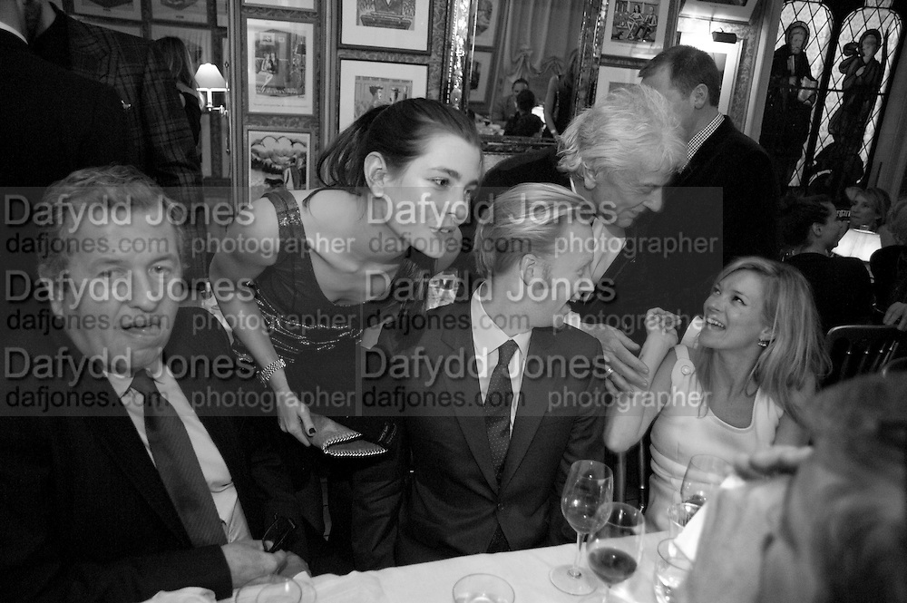 MARIO TESTINO; CHARLOTTE CASIRAGHI; JAN OLESEN; KATE MOSS, Graydon Carter hosts a diner for Tom Ford to celebrate the London premiere of ' A Single Man' Harry's Bar. South Audley St. London. 1 February 2010