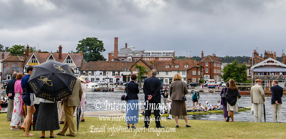 Henley on Thames, Henley. UK.<br /> <br /> 2005 Henley Royal Regatta, Henley on Thames, ENGLAND. <br /> <br /> 30.06.2005 Spectators on the lawn in front of the Boat Tent.<br /> <br /> <br /> [Mandatory Credit Peter Spurrier/ Intersport Images] ...........Rowing Courses, Henley Reach, Henley, ENGLAND. HRR