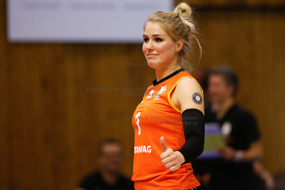 20161106 DUI: Bundesliga, Ladies in Black Aachen - MTV Allianz Stuttgart: Aachen<br />Kirsten Knip (1) of Ladies in Black Aachen <br />©2016-FotoHoogendoorn.nl / Pim Waslander