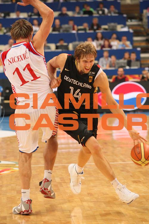 DESCRIZIONE : Atene Athens 2008 Fiba Olympic Qualifying Tournament For Men <br /> Germania Croazia Germany Croatia<br /> GIOCATORE : Dirk Nowitzki<br /> SQUADRA : Germnia<br /> EVENTO : 2008 Fiba Olympic Qualifying Tournament For Men <br /> GARA : Germania Croazia Germany Croatia<br /> DATA : 19/07/2008 <br /> CATEGORIA : Tiro<br /> SPORT : Pallacanestro <br /> AUTORE : Agenzia Ciamillo-Castoria/C. De Massis<br /> Galleria : 2008 Fiba Olympic Qualifying Tournament For Men<br /> Fotonotizia : Atene Athens 2008 Fiba Olympic Qualifying Tournament For Men <br /> Germania Croazia Germany Croatia<br /> Predefinita :