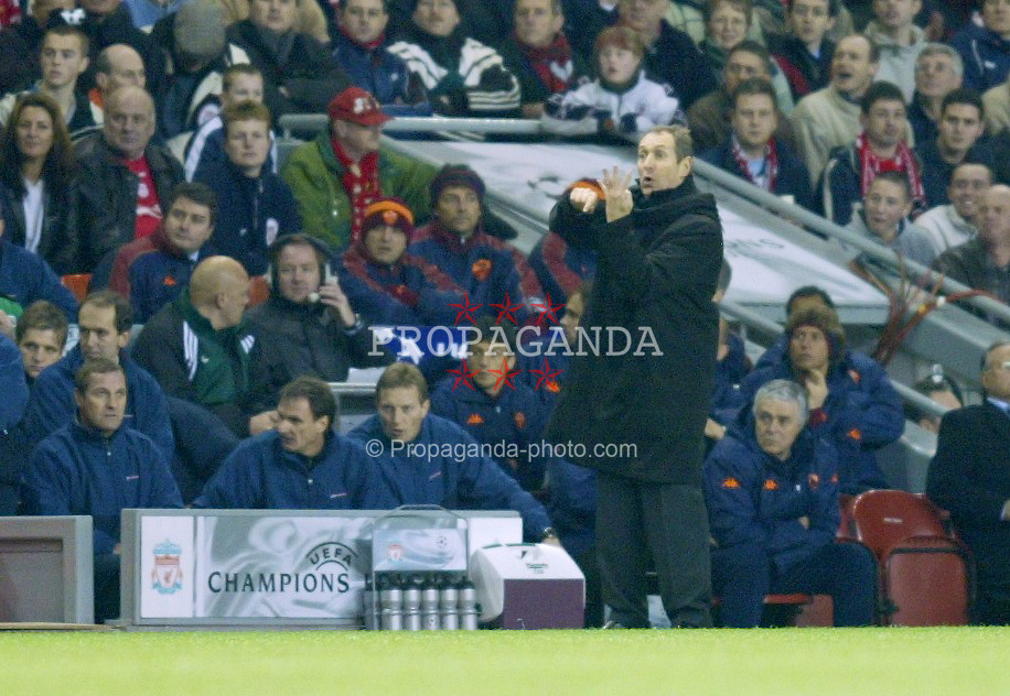 LIVERPOOL, ENGLAND - Tuesday, March 19, 2002: Liverpool's manager Gerard Houllier on the touchline against AS Roma during the UEFA Champions League Group B match at Anfield. (Pic by David Rawcliffe/Propaganda)