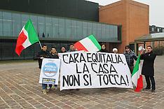 20130220 PROTESTA FRATELLI D'ITALIA E ALBERTO BALBONI DAVANTI A EQUITALIA