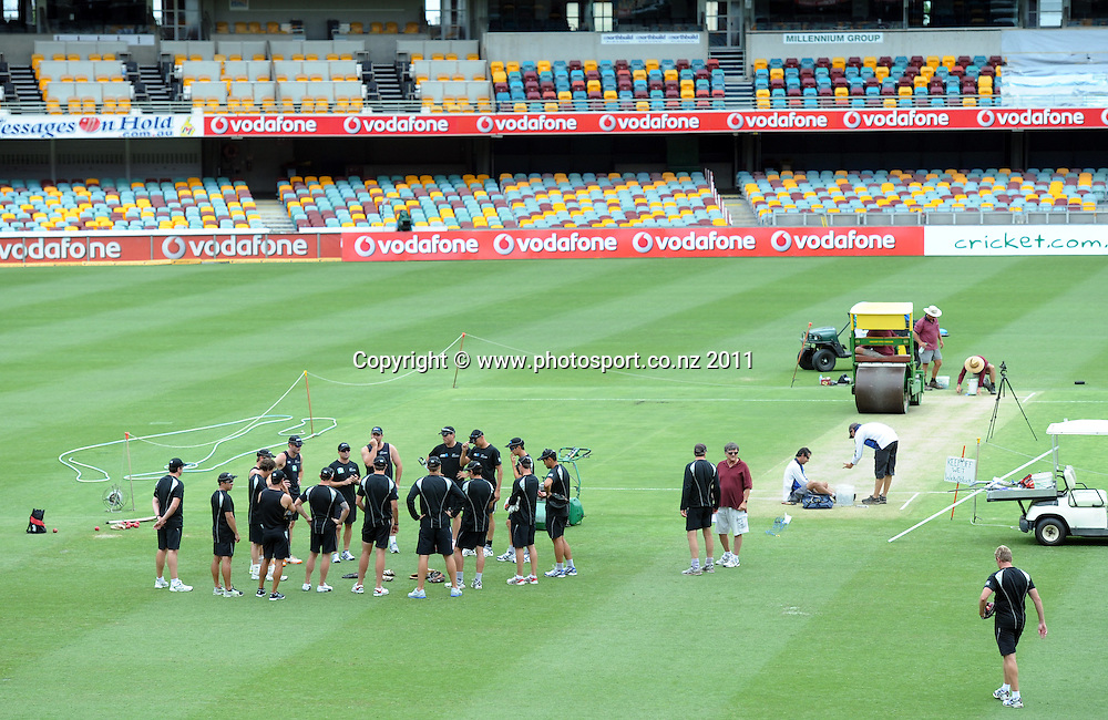 New Zealand team gather in the middle of the Gabba ahead of the first cricket test in Brisbane tomorrow. Wednesday 30 November 2011. Photo: Andrew Cornaga/Photosport.co.nz