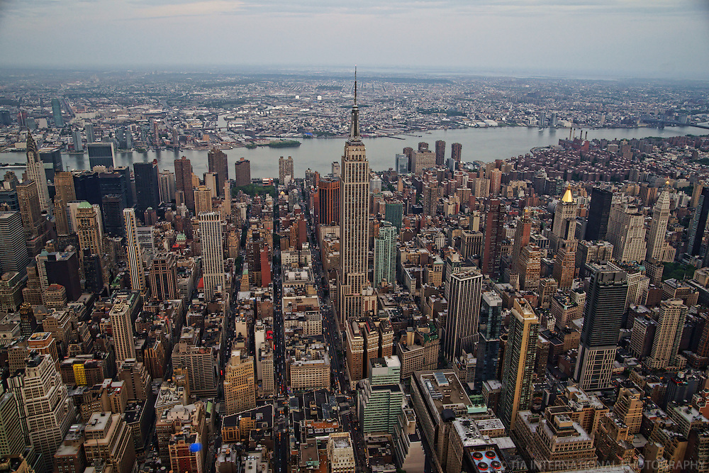 Empire State Building, Midtown Manhattan & East River