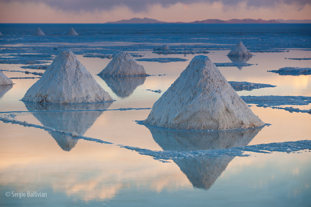 Pyramids of salt are left to dry in Bolivia's Salar de Uyuni (next to Colchani) located on the Altiplano, at the end of the rainy season.