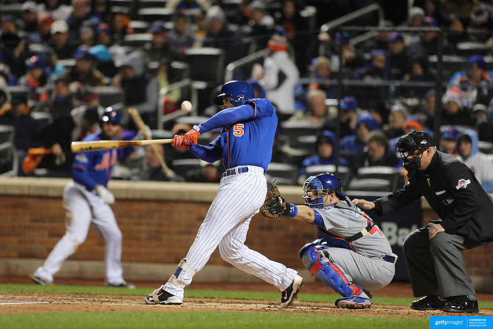 David Wright, New York Mets, batting during the MLB NLCS Playoffs game two, Chicago Cubs vs New York Mets at Citi Field, Queens, New York. USA. 18th October 2015. Photo Tim Clayton
