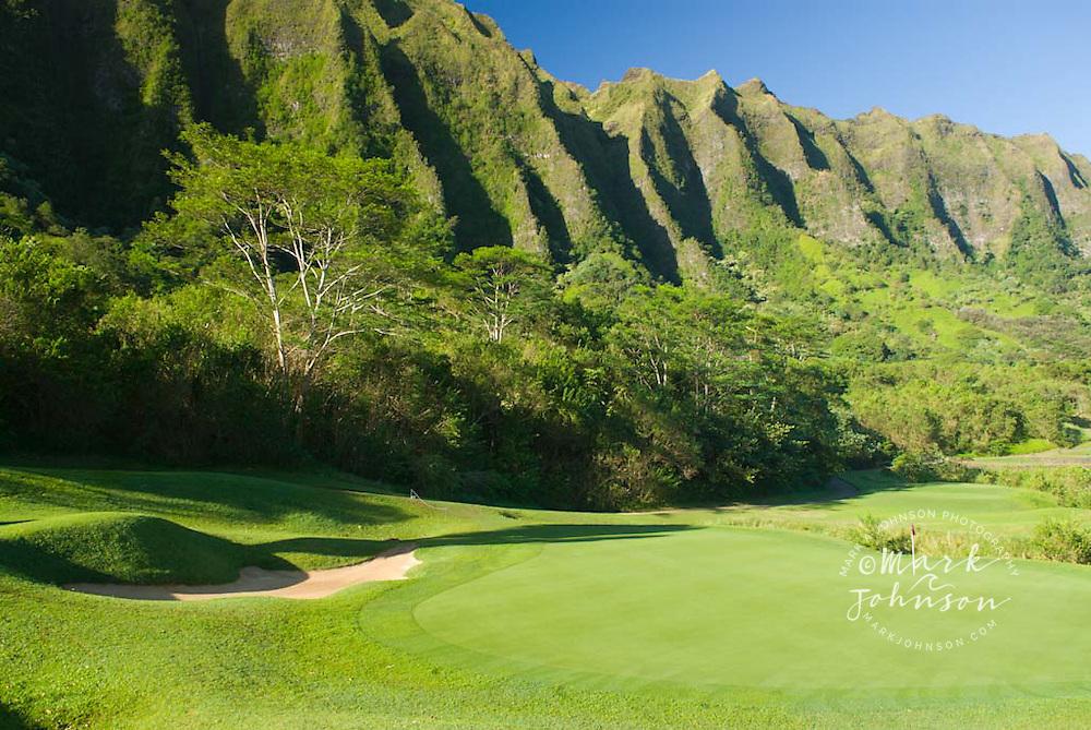 Green below the Koolau Mountains, Koolau Golf Course, Oahu, Hawaii