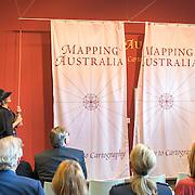 NLD/Utrecht/20161003 - Maxima en Willem-Alexander openen tentoonstelling ' Mapping Australia' , Koning Willem-Alexander en Koningin Maxima openen de tentoonstelling