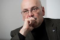 06 JAN 2012, BERLIN/GERMANY:<br /> Torsten Albig, SPD, Oberbuergermeister Kiel und Kandidat fuer das Amt des Ministerpraesidenten von Schleswig-Holstein, waehrend einem Interview, Hauptstadtbuero Handelsblatt<br /> IMAGE: 20120106-02-023